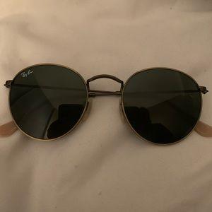 NWOT Ray-Ban Round Metal Sunglasses